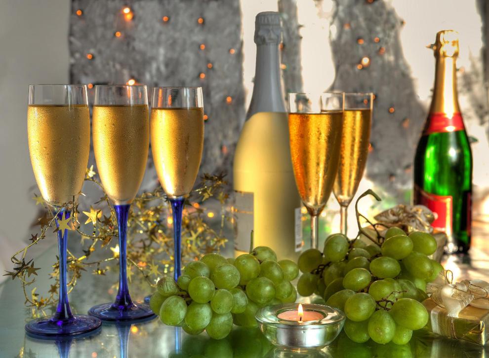 uvas-y-champan-nochevieja.jpg